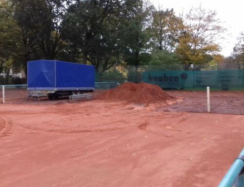 Sanierungsarbeiten der Tennisplätze hat begonnen